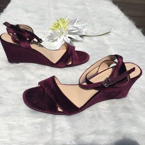 Nine West Vartan Velvet Wedge Sandals